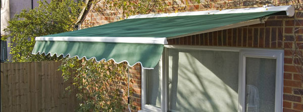 2 5m Half Cassette Electric Patio Awning, Ivory