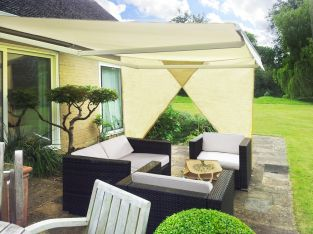 2.27m Set of 2 Right Angle Triangle Ivory Side Shades for Awning