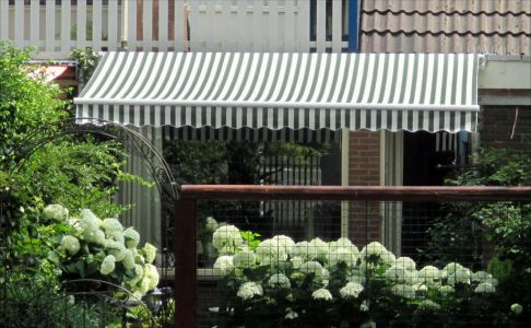 3.5m Standard Manual Awning, Green and White Even Stripe