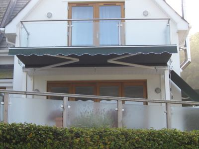 4.0m Standard Manual Awning, Plain green