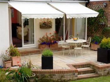 2.5m Full Cassette Manual Awning, Ivory