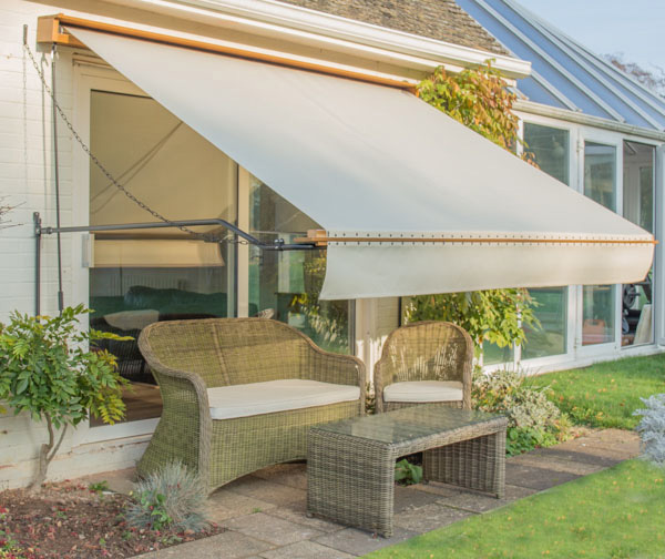 3m Victorian Wooden Full Cassette Manual Awning, Ivory £299.99