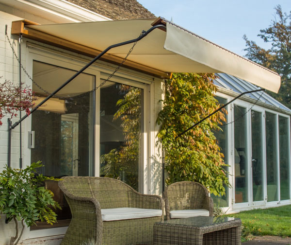 3.5m Victorian Wooden Full Cassette Manual Awning, Ivory £